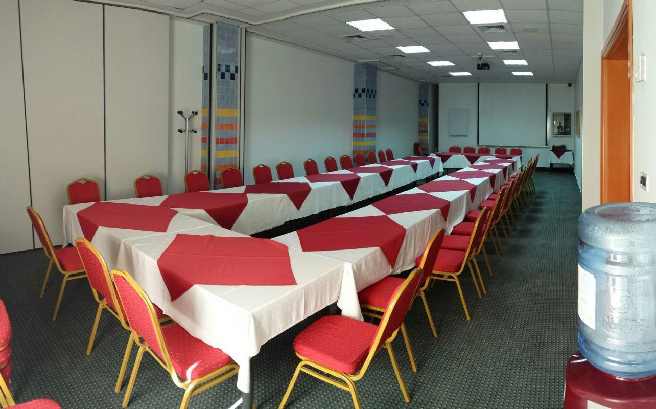 Conferenze e seminari presso il porto turistico albergo!